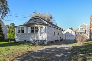 Photo of 126 Commerce Road Barnstable Village, MA 02630