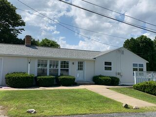 Photo of real estate for sale located at 164 Knowlesway Extension Narragansett, RI 02882